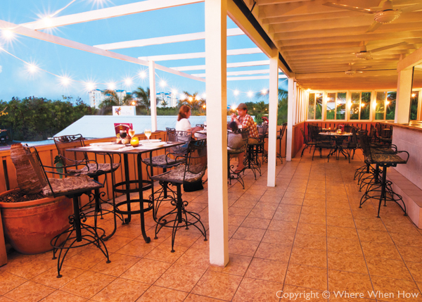 A photograph of Pizza Pizza La Terrazza, Grace Bay Plaza, Providenciales (Provo), Turks and Caicos Islands.