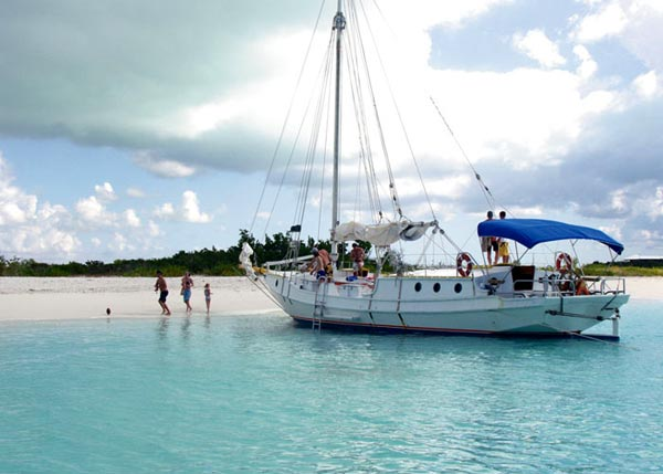 A photograph of the Atabeyra beach cruise to Dellis Cay, Turks and Caicos Islands, British West Indies