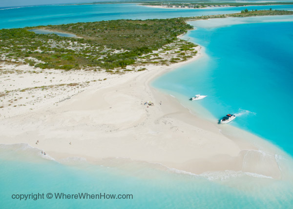 A photograph of Fort George Cay and Dellis Cay, Turks and Caicos Islands.